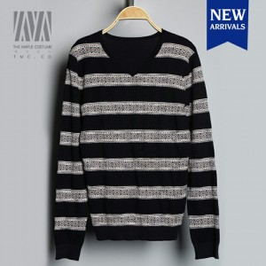 New-striped-jacquard-knit-long-sleeved-V